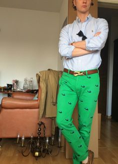 Happy Preppy (Green with envy… for everyone who doesn't have to. Preppy Look, Preppy Style, My Style, Preppy Dresses, Preppy Outfits, Green Pants Men, Polo Outfit, Preppy Mens Fashion, Prep Life
