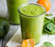 Bright and citrusy Clementine Avocado Smoothie | Finding Vegan
