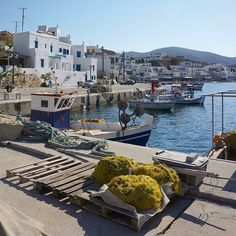 Gorgeous natural bay called Panormos village , at Tinos island (Τήνος). It's a fishing village with a Cycladic tradition that you can spend your relaxing vacation eating your fresh fish near the sea☀️.