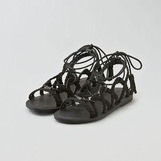 AEO Multi-Braid Sandals ($35) ❤ liked on Polyvore featuring shoes, sandals, black, padded sandals, american eagle outfitters, woven shoes, braided shoes e american eagle outfitters shoes