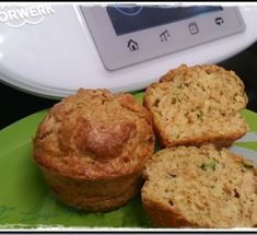 MUFFINS SALADOS DE ATÚN Y CALABACÍN (Thermomix® ) Tapas, Appetizer Recipes, Appetizers, Breakfast, Food, Gastronomia, Muffin Pans, Hors D'oeuvres, Fairy Cakes