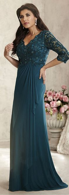Amazing Chiffon V-neck Neckline A-line Mother Of The Bride Dresses With Beaded Lace Appliques