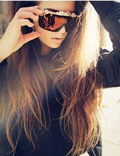 8e7bf5f887 A(z) 13 legjobb kép a(z) Sunglasses táblán