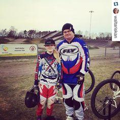 Racing  #dwbtoftshit  #Repost @waltariskan Idag får pappa också vara med.  Family fun! #bmxgirl #bmxracing