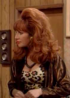 Beautiful Red Hair, Beautiful Redhead, Beautiful Women, Peggy Bundy, Katey Sagal, Best Gowns, Redheads Freckles, Married With Children, Famous Women