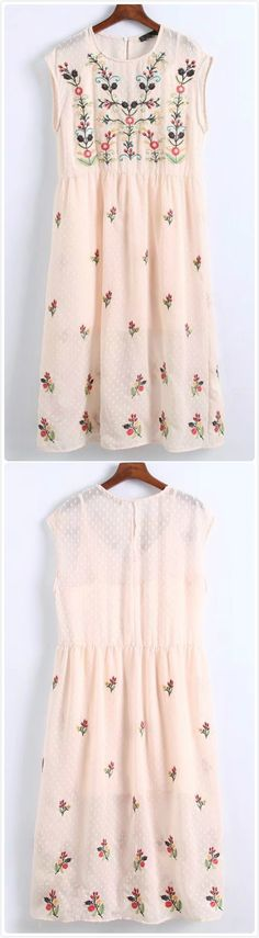Summer Work Outfits, Spring Outfits, Girl Outfits, Fashion Outfits, Floral Fashion, Boho Fashion, Day Dresses, Cute Dresses, Floral Embroidery Dress