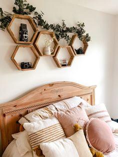 Room Ideas Bedroom, Home Decor Bedroom, Bedroom Inspo, Teen Bedroom Designs, Bedroom Plants, Cute Room Ideas, Cute Room Decor, My New Room, My Room