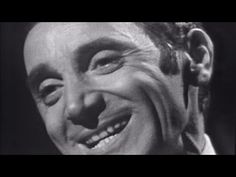 ▶ Charles Aznavour - La Bohème (Officiel) [Live Version] - YouTube