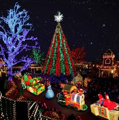 Branson, MO At Christmas Time Is Truly Magical. One Of Our Favorite Aspects  Of