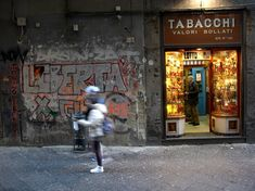 Napoli – the streets, the people, the food and the music | italy on my mind