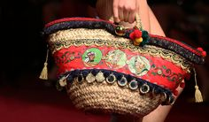 The Sicilian basket bag 'Coffa': an ancient handcrafted tradition