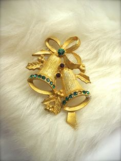 Vintage Christmas Bells Pin Gold Tone Brooch by wallstantiques, $15.00