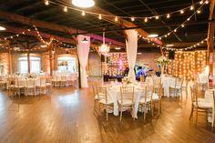 #HoustonStation #modern #SouthernBelleRose #LotusBlossomPhotography#Nashville #Wedding #Brides #Grooms #ChristTheKingCatholicChurch #EnchantedFloristTN - Ashley's Bride Guide