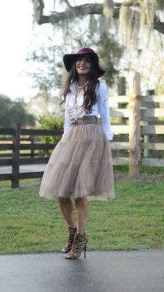 Amore Tulle Midi Skirt in Caramel (Msjeannieandhercloset)