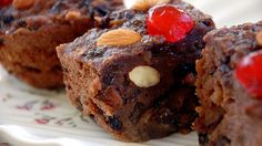 Puddina recipe - bread, custard, dried fruit, glace cherries, chocolate - All my favourite things