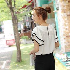 Korea womens shopping mall [styleberry] #koreafashionshop #Fashionwomen  #korea #dailylook #dailyfashion #T-shirts #dress #tops #blouse #cardigan #outwear #skirt #pants #basicitem #shoes #bag #jewelry #acc #koreafashion #clothes #like #want  #blouse #女衬衫 #ブラウス #lovely  Sleeve Appearance Trimming Blouse / Size : FREE / Price : 40.18 USD