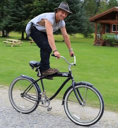 impossiblyluckykryptonite: moon-of-the-summerclan: alaskanbushfam: ouliemata: A flashback to goofing off behind the scenes with Matt Brown from Alaskan Bush People. He reminded me of the Sundance Kid from the movie Butch Cassidy &…riding his bike like this. Matt is the consummate philosopher, jokester and friend. this is a reallllly good pic of matt….looks like he has gotten a new hat…I think….that smile is something else…he is something else wonder where this was taken Those...