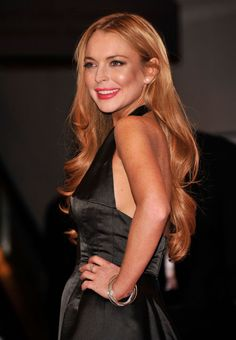 "Lindsay Lohan  Born: July 2, 1986 in New York City, New York, USA  Alternate Names: Lindsay Morgan Lohan Height: 5' 5"" (1.65 m)"