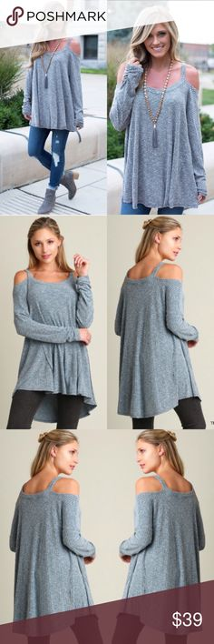 ❣RESTOCK❣ Ribbed Cold Shoulder Tunic Oversized Top Gorgeous oversized teal color top. Size S M L. Runs true to women's sizing, if in between then size down. Ships 9/27 Tops Tunics