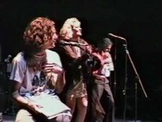 Eddie Vedder clip from Song Sung Blue Gas Work, Song Sung Blue, Pear Jam, Pearl Jam Eddie Vedder, You Are The Sun, Hall Pass, Neil Diamond, Me Too Lyrics, Funny Clips