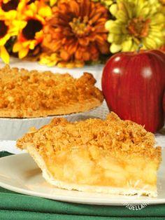 Apple crumble - Se avete un po' più di tempo a disposizione preparate la frolla per il vostro Apple crumble da voi, seguendo i preziosi consigli della cuoca.