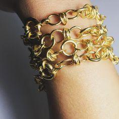 Jewels, Bracelets, Gold, How To Make, Handmade, Instagram, Hand Made, Jewerly, Bracelet