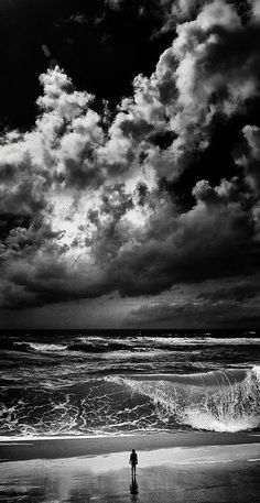 black and white photography beach ocean clouds waves person Amazing Photography, Art Photography, Cool Photos, Beautiful Pictures, Jolie Photo, Black And White Pictures, Pics Art, Ciel, Black And White Photography