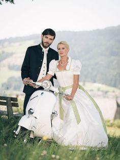 Trachtenhochzeit Neuböck Moden Brautdirndl Hochzeitsdirndl Dirndlhochzeit