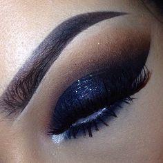 Black glittery smokey eye. Dramatic