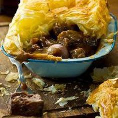 recipes beef stews Welsh Venison and Celt Golden Ale Pies Welsh Venison and Celt Golden Ale Pies Welsh Recipes, English Recipes, South African Recipes, Ethnic Recipes, Viking Food, Ale Pie, Medieval Recipes, Venison Recipes, Cottage Pie