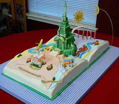The Wizard of Oz cake.