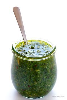 Chimichurri Sauce -- full of delicious fresh flavors, and it only takes minutes to make! | gimmesomeoven.com