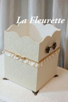 ホワイトダマスクでダストボックス♪ の画像|布のインテリア*La Fleurette の Diary