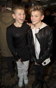 Marcus og Martinus: Vi vil gerne have kærester Marcus Y Martinus, I Really Love You, My Love, Mike Singer, Love Twins, Dream Boyfriend, I Go Crazy, Love U Forever, Youtuber