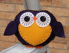 cute owl to make Owl Crafts, Animal Crafts, Diy Arts And Crafts, Crafts For Kids, Owl Parties, Crochet Owls, Owl Fabric, Felt Owls, Owl Bird