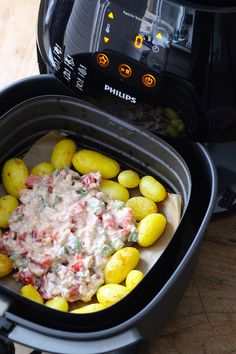 how to use an air fryer for the first time Air Fryer Dinner Recipes, Camping Menu, Best Air Fryers, Cooking Recipes, Healthy Recipes, Healthy Food, Tasty, Yummy Food, Slow Cooker