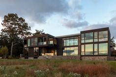 Tour a stunning midcentury house with inspired views of Sag Harbor Cove