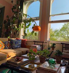 Home Decoration Ideas Bookshelves .Home Decoration Ideas Bookshelves Pretty Room, Dream Apartment, Aesthetic Room Decor, Dream Rooms, House Rooms, Room Decor Bedroom, Room Inspiration, Living Spaces, Living Room