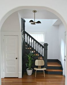 Entryway Makeover with Benjamin Moore by Kirsten Grove of Simply Grove