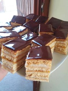 Grízes Mézes - Hiszed.Com Hungarian Recipes, Cake Cookies, Tiramisu, Cake Recipes, Sweets, Snacks, Ethnic Recipes, Food, Appetizers