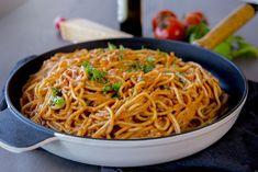Spaghetti i krämig tomatsås- Middag på 30 min