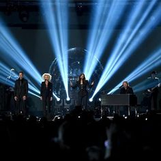 """Little Big Town performs """"Girl Crush"""" on the 50th ACM Awards. #ACMawards50"""