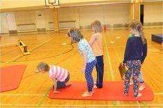 """Lasten peleistä ja muista eri medioista saamat vaikutteet innostivat kehittämään yhteistoiminnallista leikkiä """"Pirates of Caribean"""" hengessä. Ajatuksena oli lisätä ryhmän yhteenkuuluvuutta erilaist… Kindergarten Games, Preschool, Motor Activities, Activities For Kids, Yoga Games, Animal Yoga, Mindfulness For Kids, Exercise For Kids, Activity Games"""