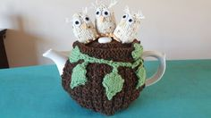 Gorgeous knitted tea cosy