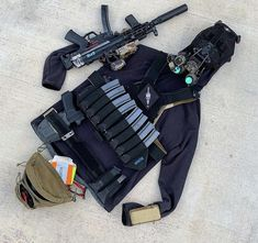 Police Tactical Gear, Tactical Equipment, Tactical Accessories, Ar Pistol, Shooting Gear, Duty Gear, Tac Gear, Home Defense, Military Gear