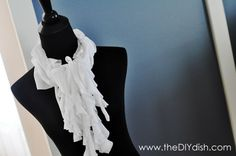 Awesome...make your own scarf from an old t-shirt, no sewing required