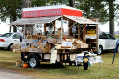 25 Awesome Farm Stand Ideas - Bardolph News Farmers Market Display, Market Displays, Vegetable Stand, Produce Stand, Market Stands, Farm Business, Farm Store, Fruit Stands, Santa Ana