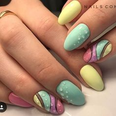 Pastel polish with dots in a wave nail art design. Love Nails, Pretty Nails, My Nails, Spring Nails, Summer Nails, Nails Yellow, Gel Nails French, Geometric Nail, Nagel Gel