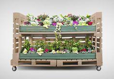 ideé de meuble en palettes pour des fleurs