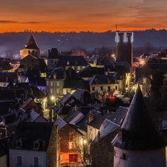Coucher de soleil sur Allassac (Corrèze, France) #PhilippeGraillePhotographie #Allassac #brivetourisme #igerscorreze #zecorreze #Vezereardoise #Paysdartetdhistoire #igerslimousin #geoculturelim #NouvelleAquitaine #WORLDWIDE_SHOT #TopEuropePhoto #ig_europe #visitlafrance #france #jaimelafrance_ #super_france #tourisme #jaimelafrance #magnifiquefrance #IgersFrance #sunsetexposure #sunsethunter #sunsetsnipers #sunset #sunrise_sunsets_aroundworld #sunset_hub #sunset_madness #mypushup…